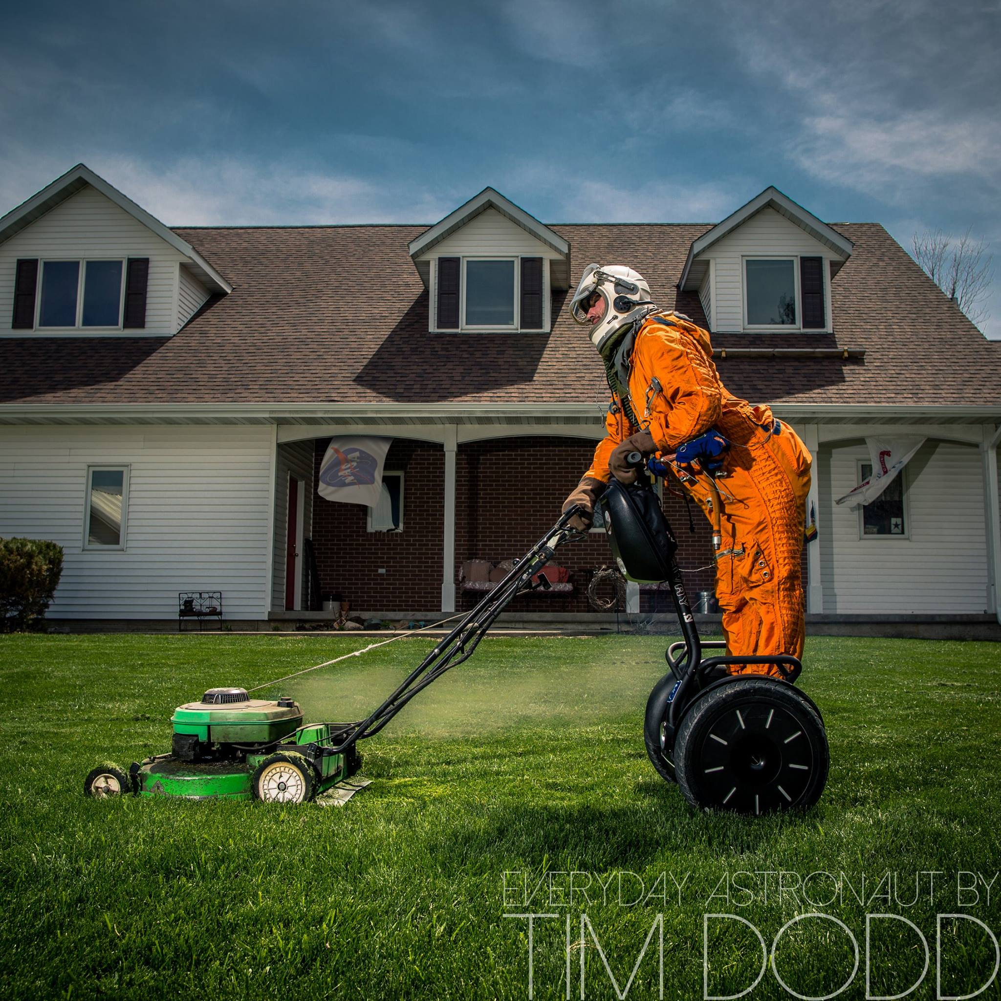 everyday-astronaut-lawn-mower