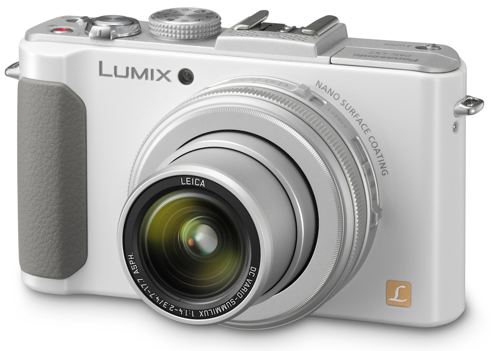 Read Panasonic LUMIX DMC-LX7 Review